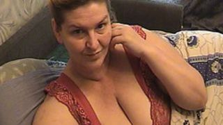 Sexy granny amateur shows her big sexy bosoms on webcam