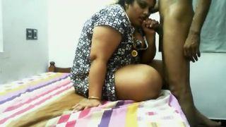 Tamil Fame Bhabhi Blowjob To Young Bf