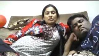 Beautiful Bhabhi Smnoking n enjoring with hubby webcam