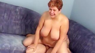 Oma houdt van goede sex