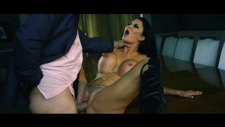 Widow MILF Tries Squirting Orgasm By Brotehr