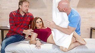 Natasha Nice & Johnny Sins in Private Treatment - BrazzersNetwork